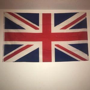 Accessories - BRITISH FLAG!